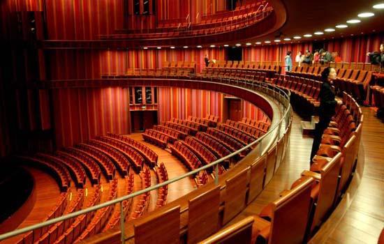 国家大剧院戏剧场内部装饰图
