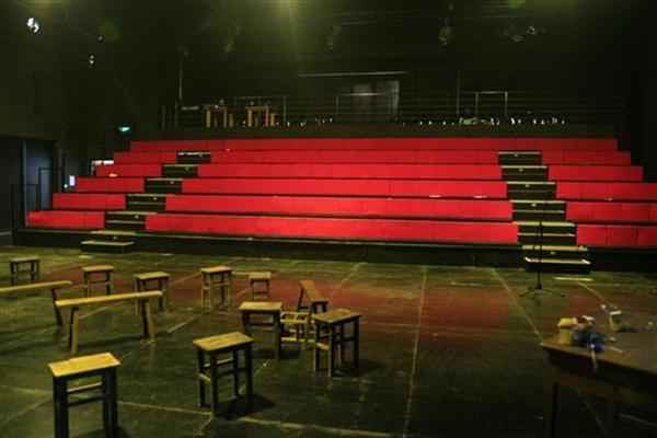 46号剧场――红方图片-内部图