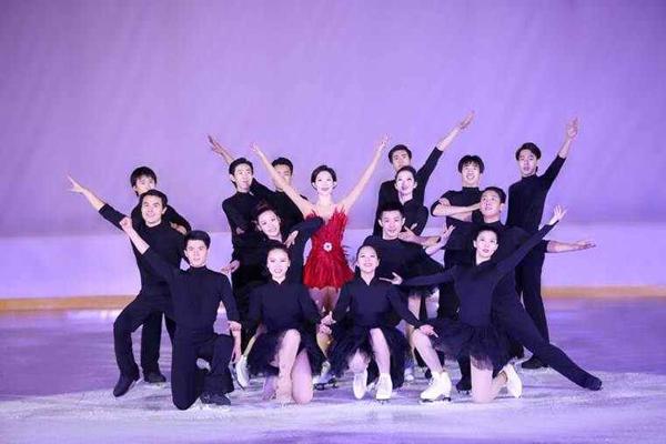 冰上舞剧踏冰逐梦