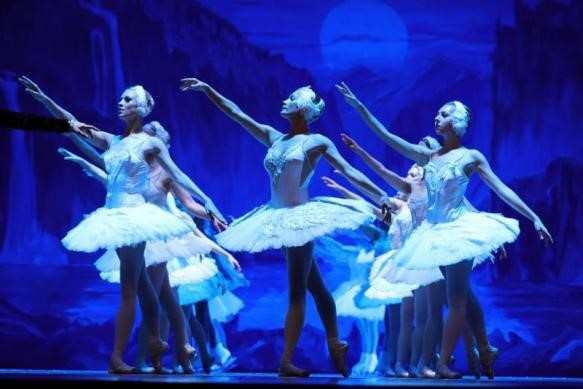 冰舞芭蕾天鹅湖