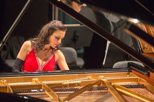 以色列钢琴家爱莲娜古赫维奇独奏音乐会