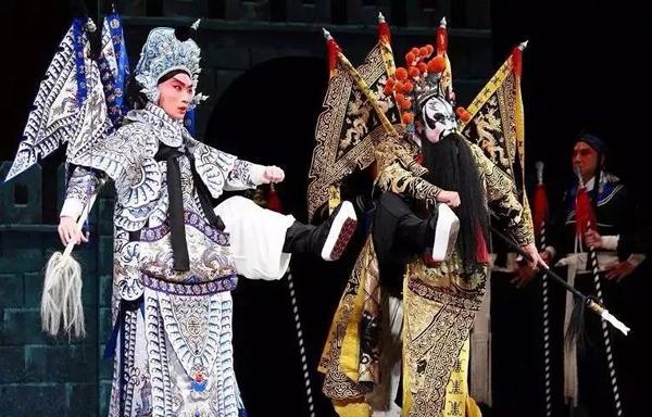 北京梨園劇場演出戰馬超