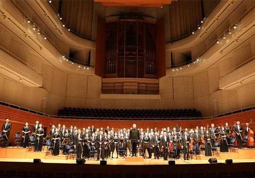 红旗飘扬中央民族乐团大型民族音乐会