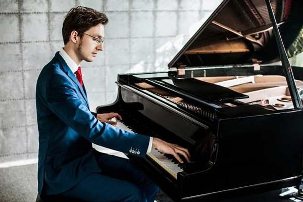 理查德波尔钢琴独奏音乐会