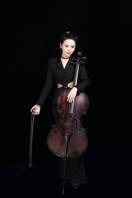 灵动的大提琴六把大提琴演绎别致经典音乐会