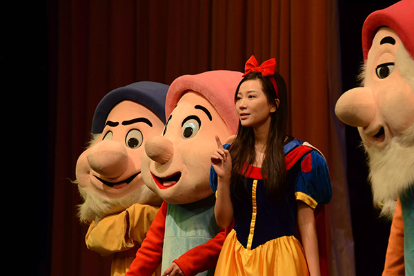儿童剧白雪公主与七个小矮人