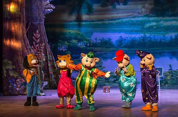 童话剧三只小猪