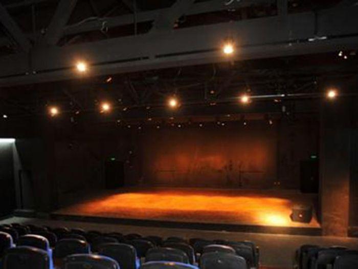 繁星戏剧村1剧场内部图片