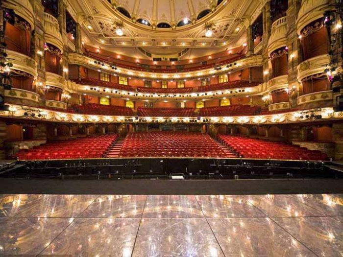 首都剧场内部全面照