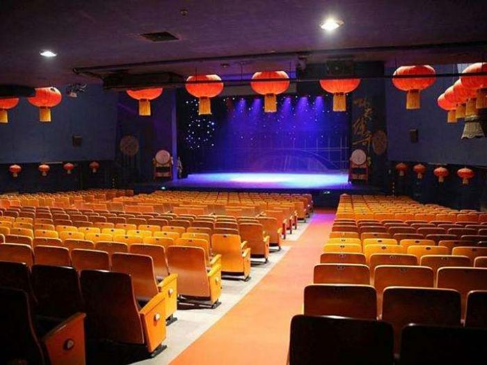 红剧场场馆图